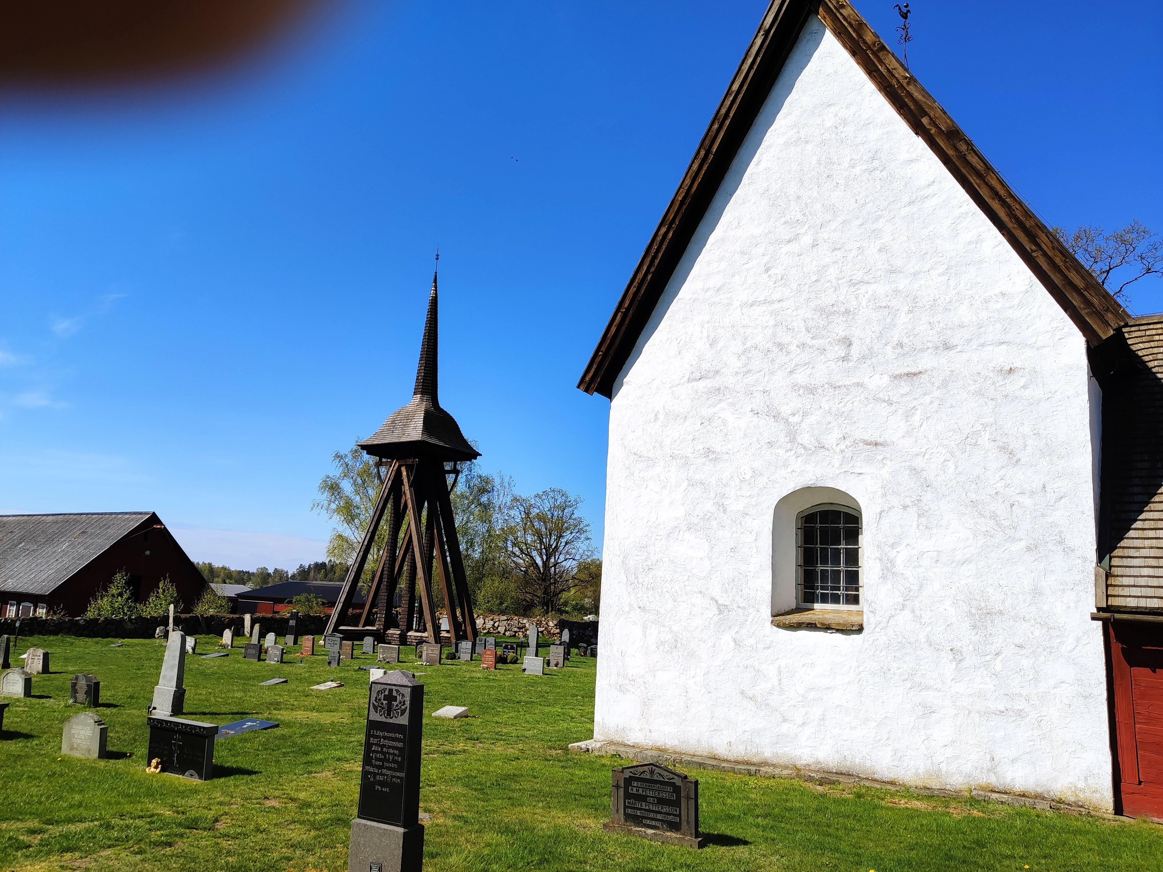 Jät gamla kyrka från 1200-talet